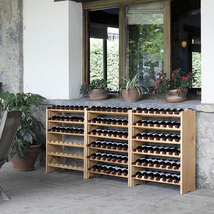Modello di cantinetta vino realizzata in legno n.13