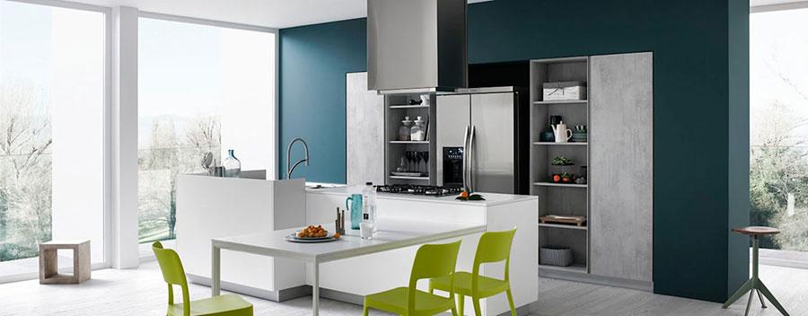 Modello di cucina con pareti verde petrolio n.01