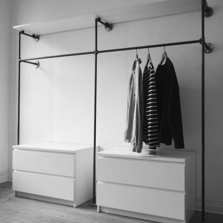 armadio aperto 30 foto di piccole strutture senza ante. Black Bedroom Furniture Sets. Home Design Ideas