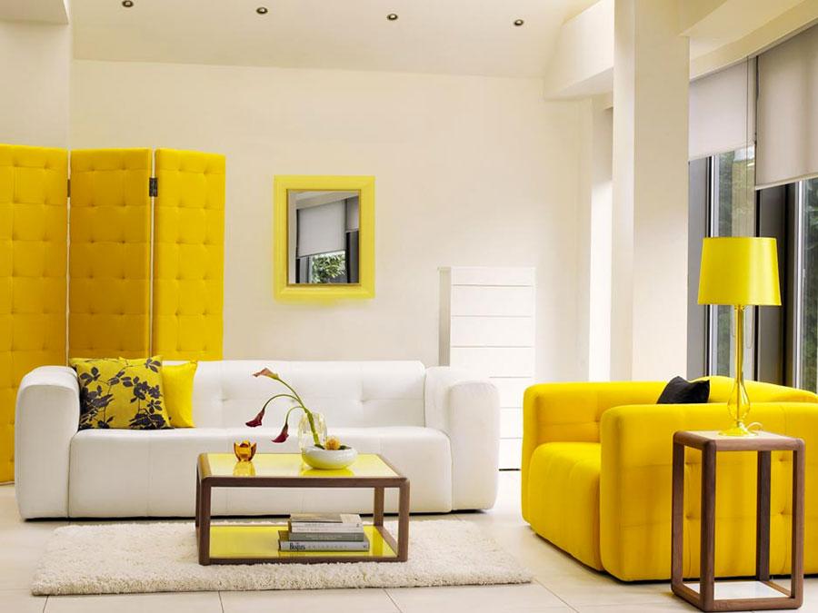 Esempio di arredo di design con il giallo per il living n.25