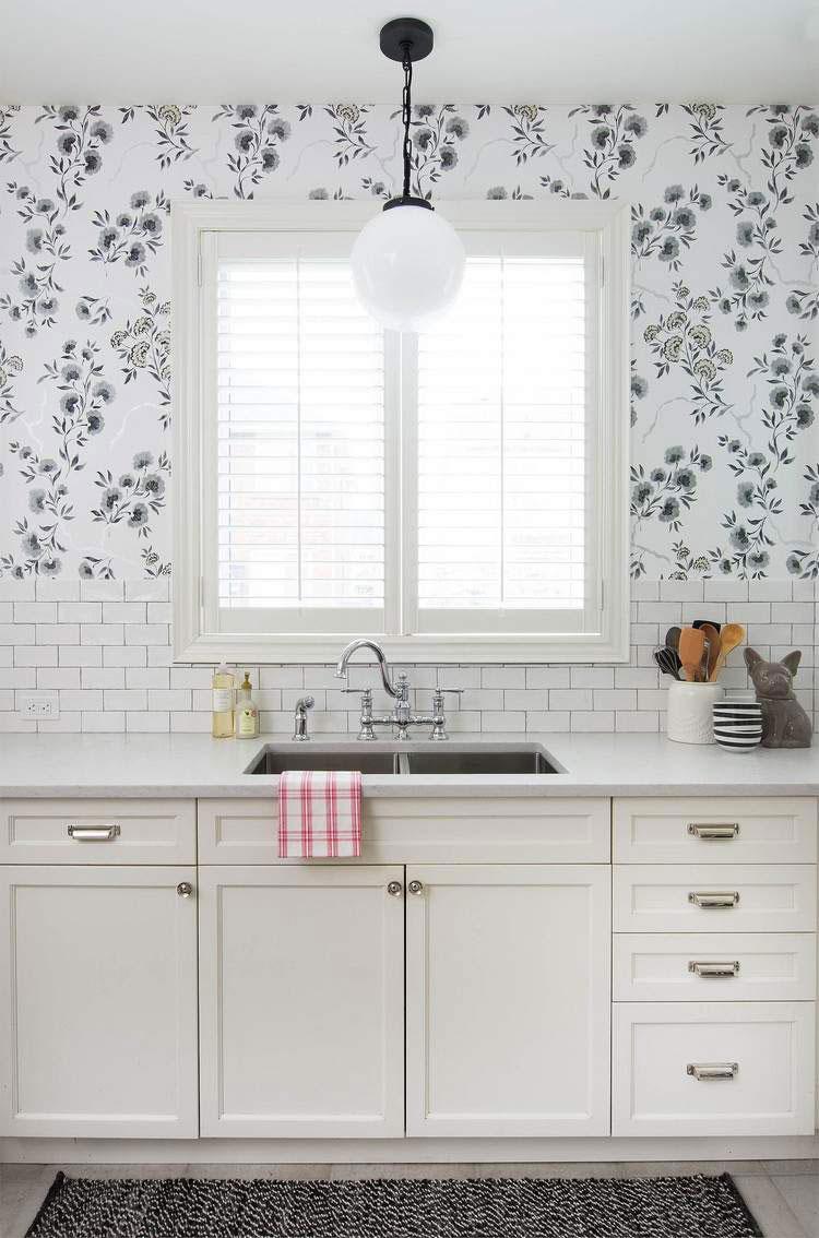 30 originali decorazioni per pareti di cucina in diversi. Black Bedroom Furniture Sets. Home Design Ideas