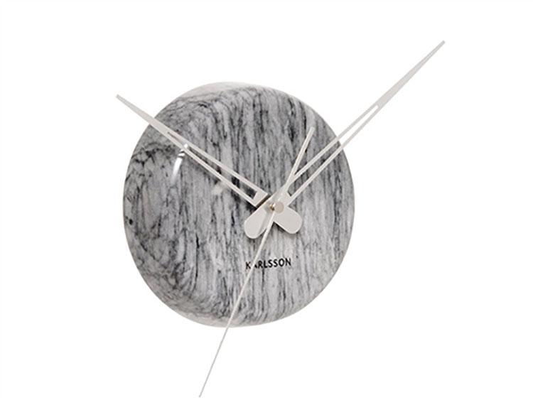 Orologio da parete dal design minimal n.13