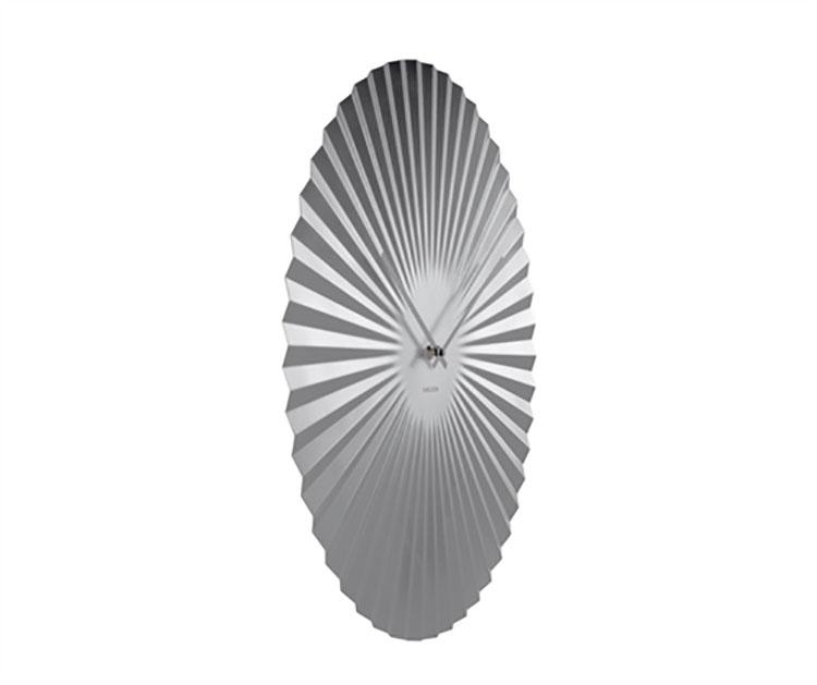 Orologio da parete dal design minimal n.14