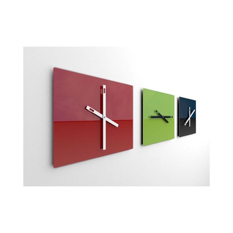 Orologio da parete dal design minimal n.18