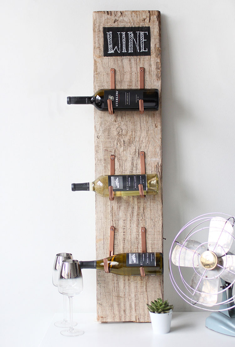 Portabottiglie vino fai da te 25 modelli semplici da - Parete in legno fai da te ...