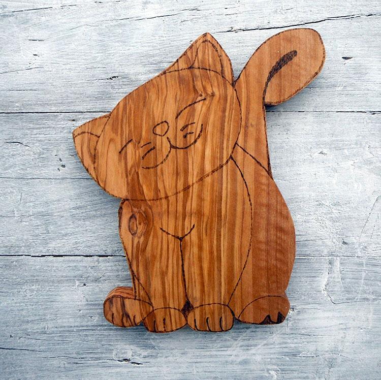 Tagliere in legno di ulivo dal design particolare n.18