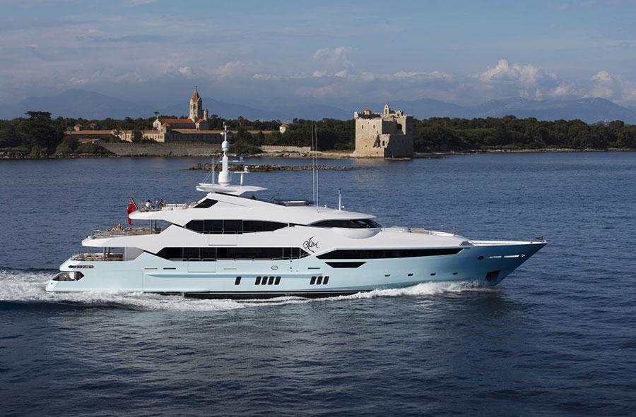 Interni da sogno per uno yacht di lusso n.01