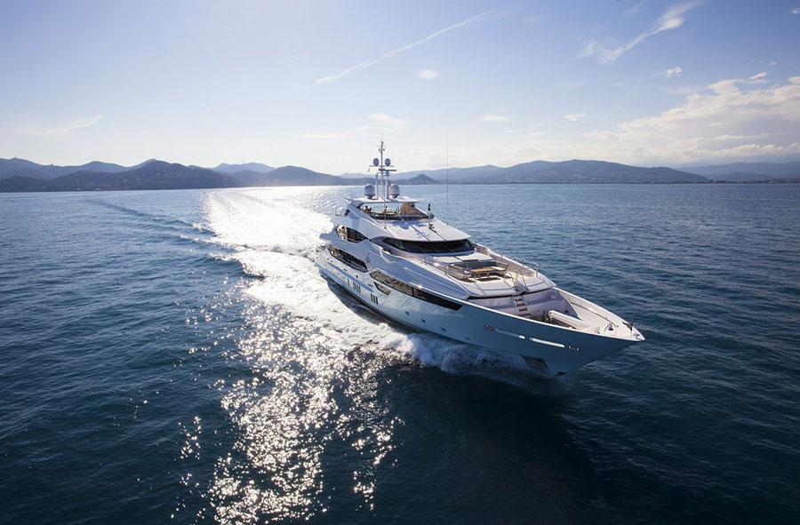 Interni da sogno per uno yacht di lusso n.02
