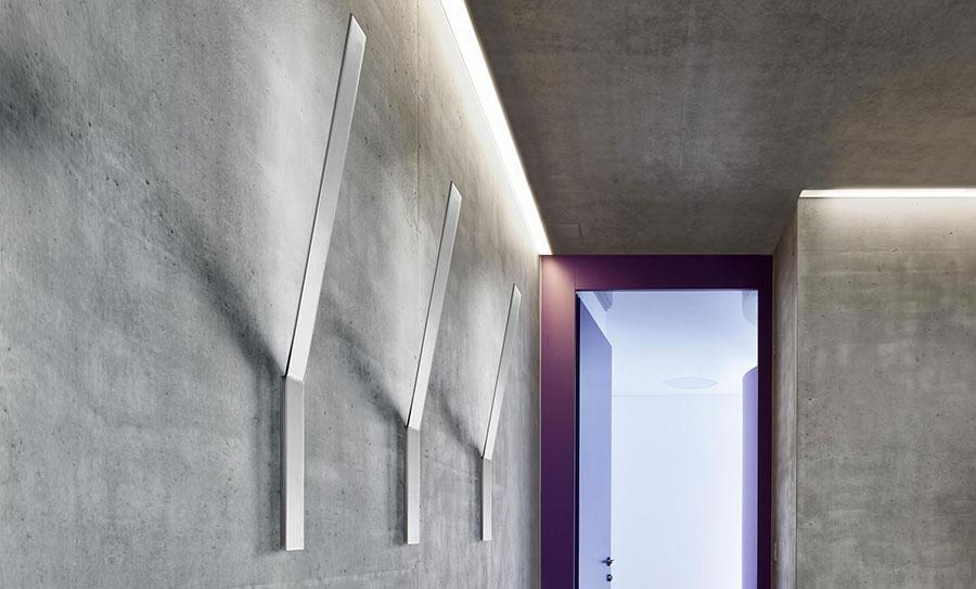 Modello di applique da parete per interni dal design originale n.08