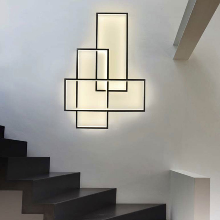 Idee di illuminazione per scale interne con applique n.01