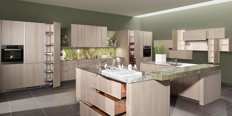 Modello di cucina moderna in legno n.03