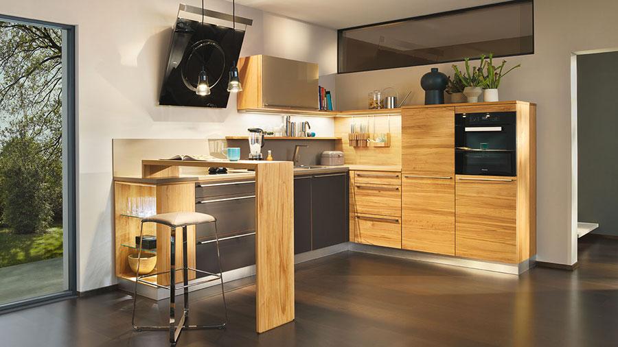 Modello di cucina moderna in legno n.04