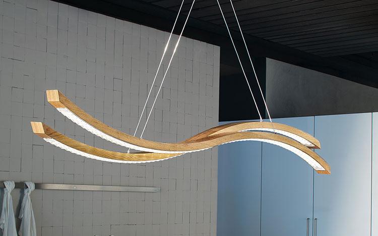 Modello di lampadario in legno moderno dal design contemporaneo n.06