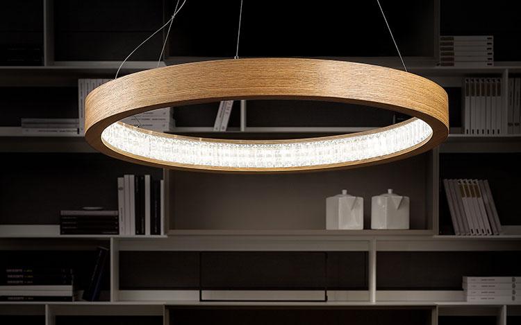 Modello di lampadario in legno moderno dal design contemporaneo n.07