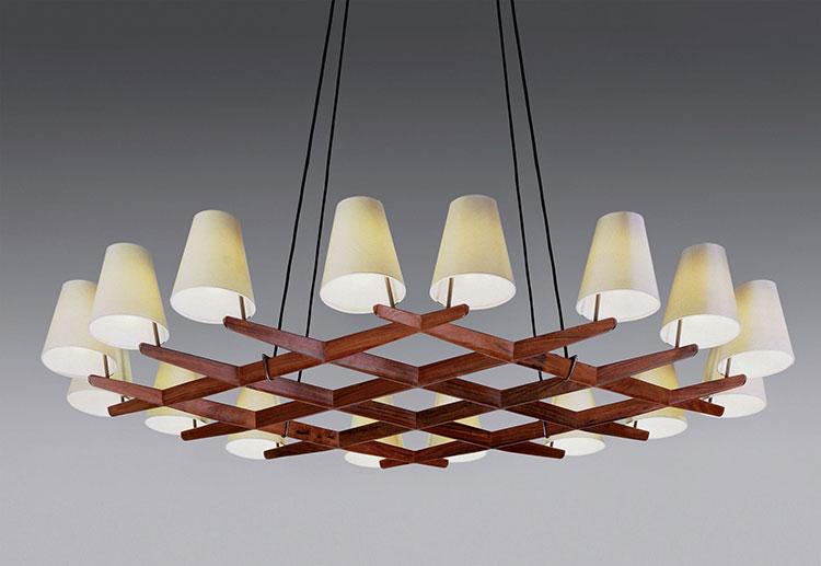 Modello di lampadario in legno moderno dal design contemporaneo n.12