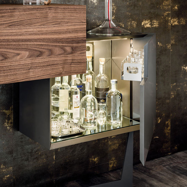 Mobile bar dal design moderno per casa n.14