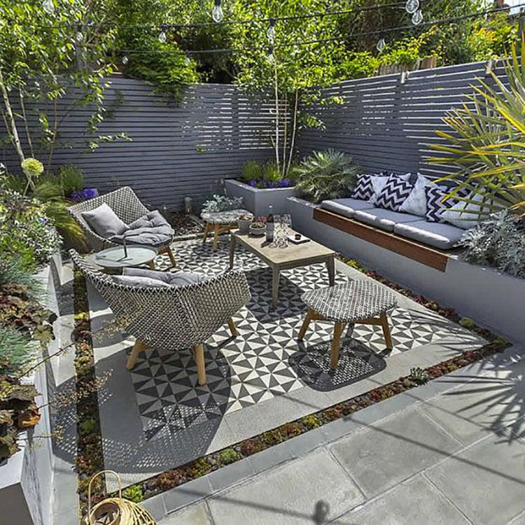Idea per arredare un piccolo giardino con elementi di design n.10