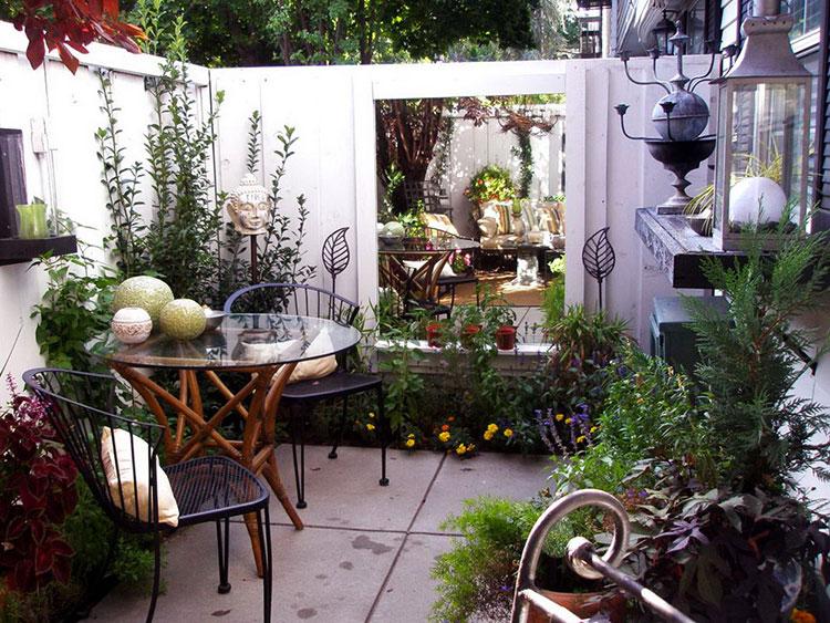 Idea per arredare un piccolo giardino con elementi di design n.14