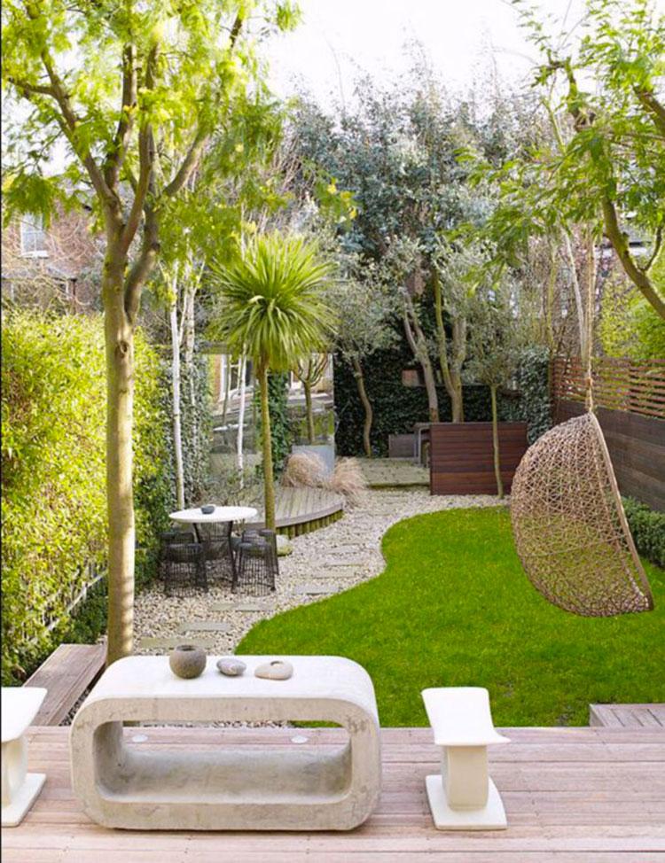 Idea per arredare un piccolo giardino con elementi di design n.16