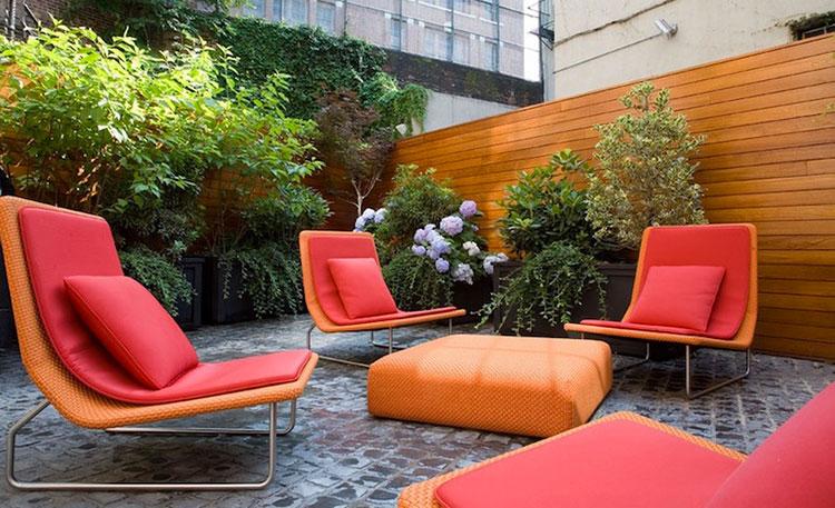 Idea per arredare un piccolo giardino con elementi di design n.20