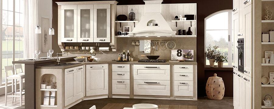 Modello di cucina classica bianca n.02