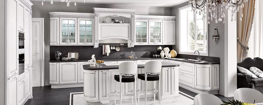 Modello di cucina classica bianca n.03
