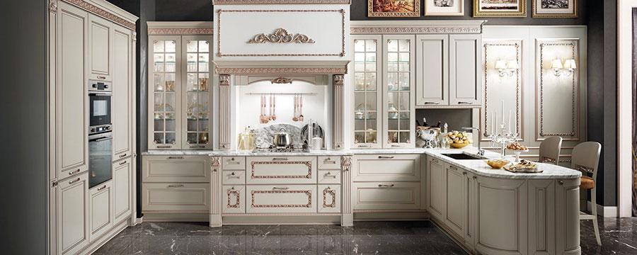 Modello di cucina classica bianca n.05