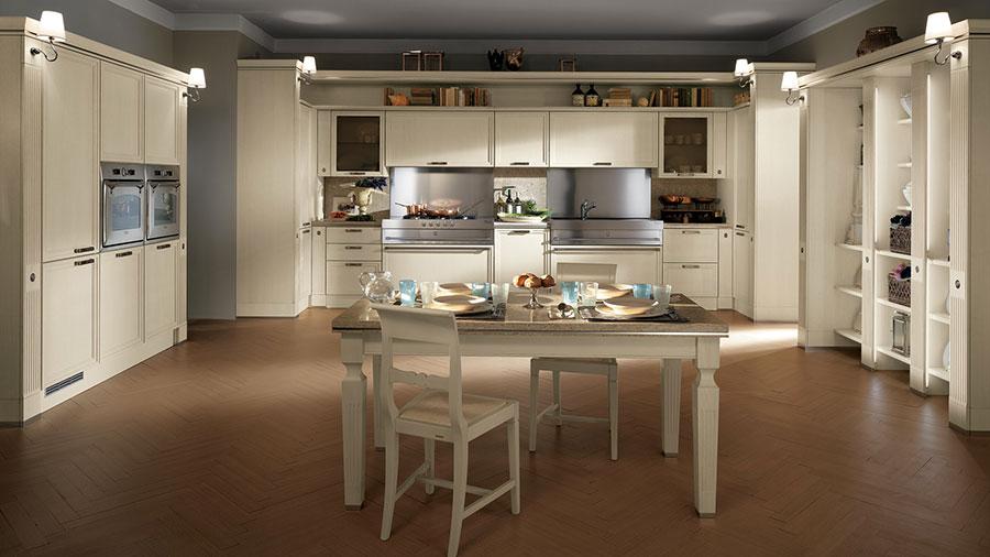 Modello di cucina classica bianca n.19