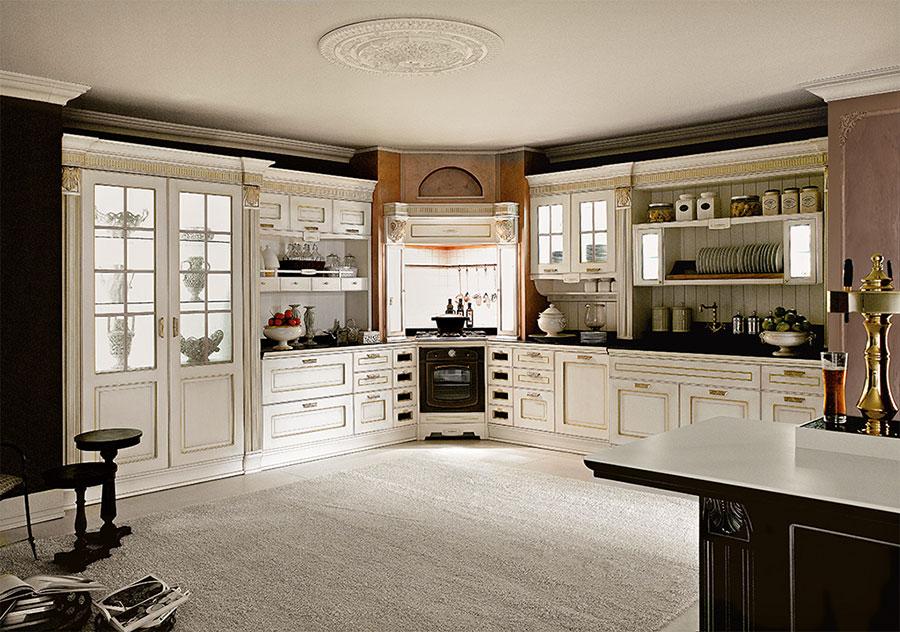 Modello di cucina classica bianca n.30