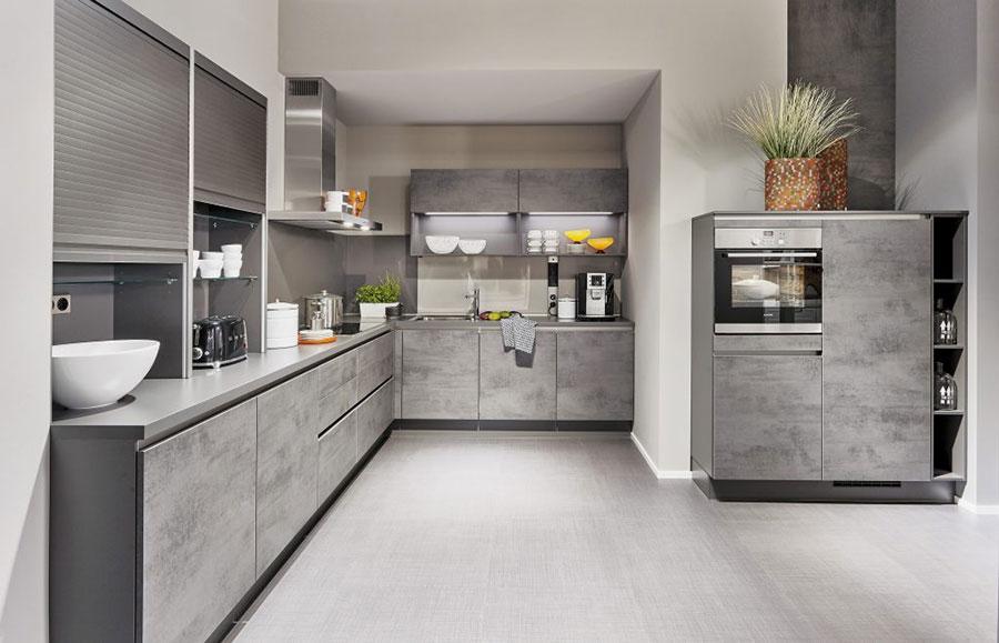 Idee per arredare una cucina grigia chiara n.04