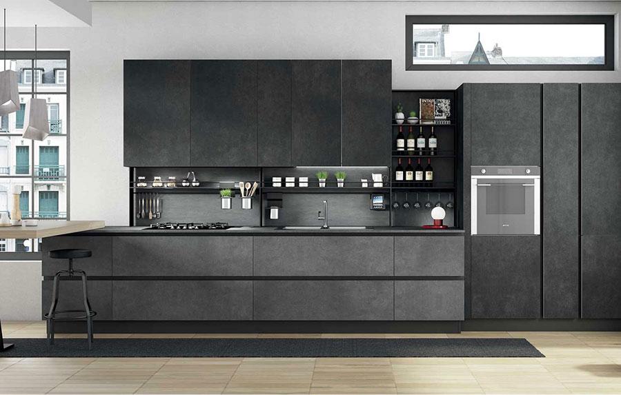 Idee per arredare una cucina grigia scura n.01