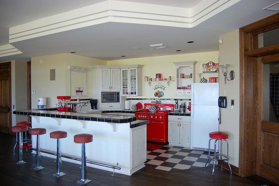 Modello di cucina vintage stile anni '50 n.12