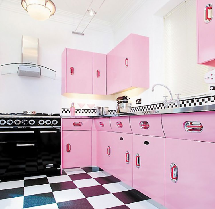 Modello di cucina vintage stile anni '50 n.16