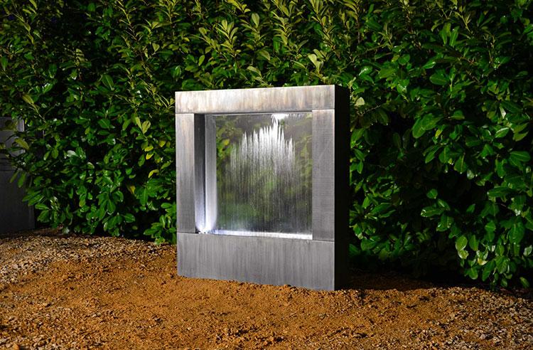 20 modelli di fontane da giardino dal design particolare for Fontane a cascata da giardino