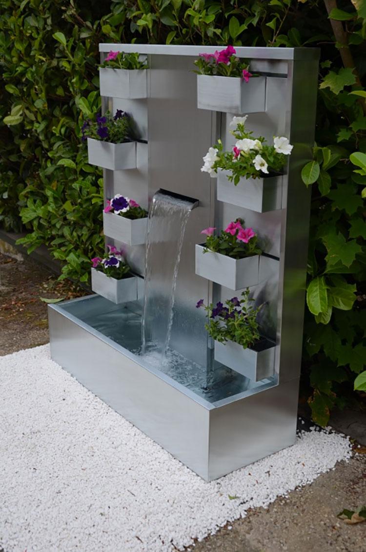 Modello di fontana da giardino dal design originale n.03