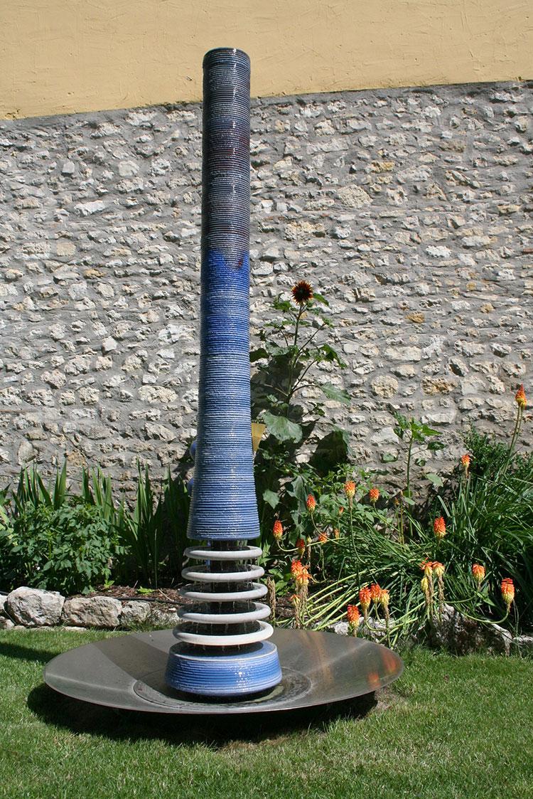 Modello di fontana da giardino dal design originale n.07