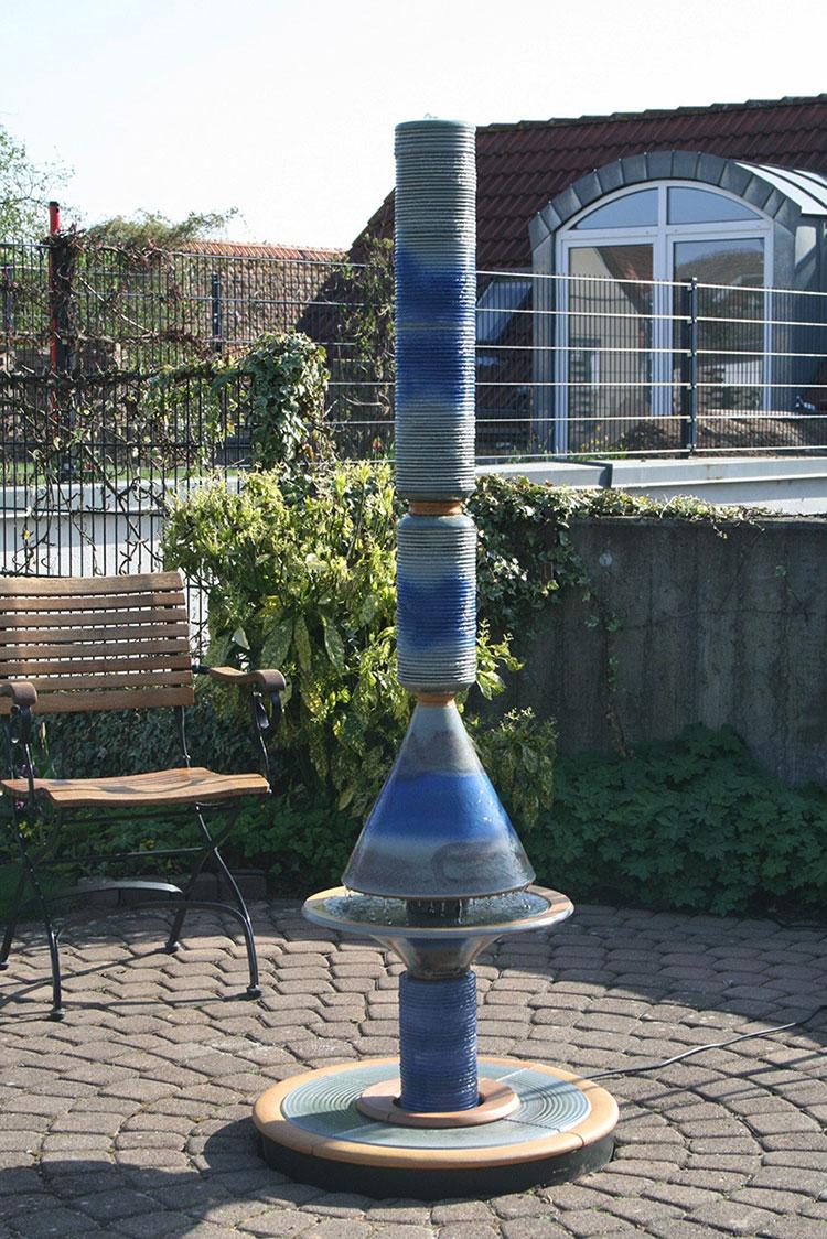 Modello di fontana da giardino dal design originale n.09