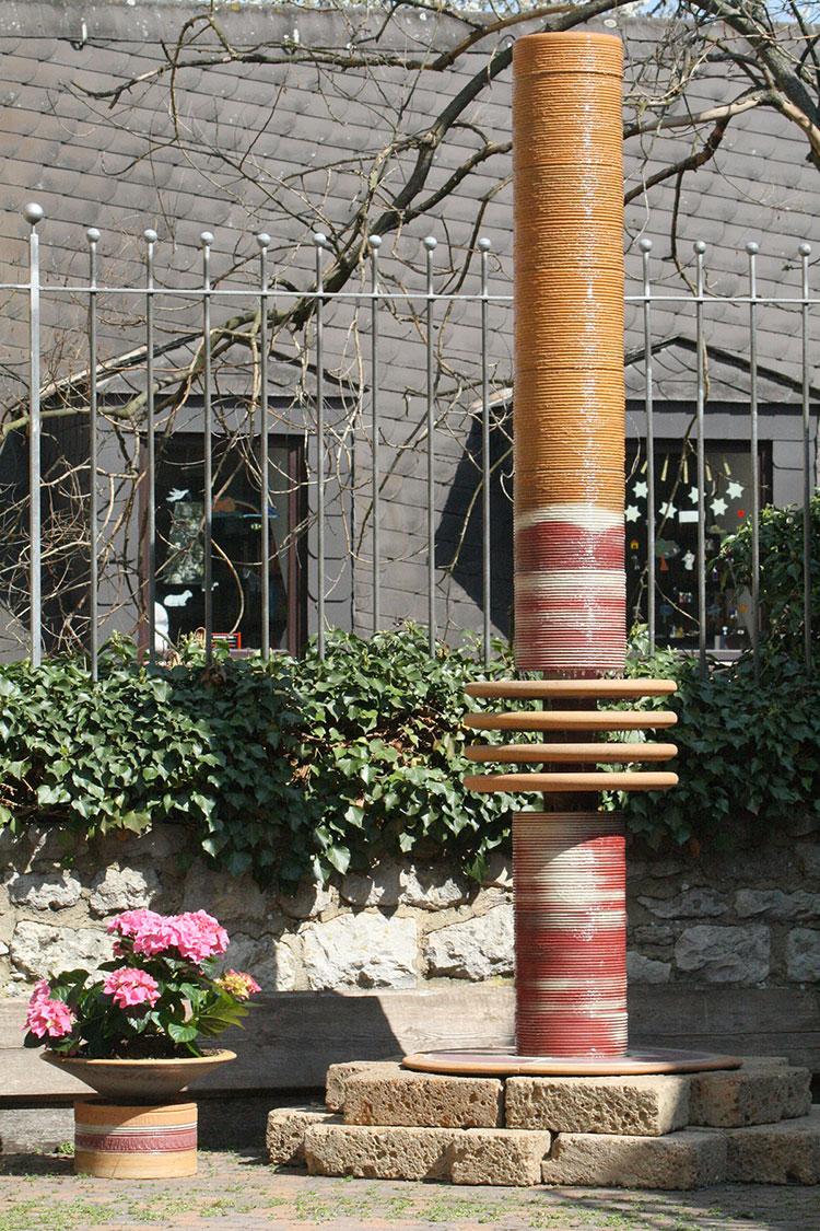 Modello di fontana da giardino dal design originale n.10