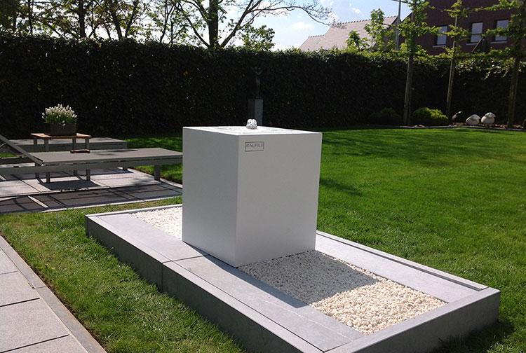 Modello di fontana da giardino dal design originale n.12