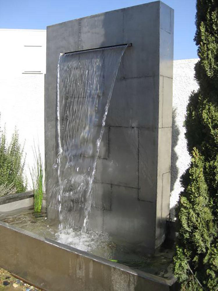 Modello di fontana da giardino dal design originale n.14