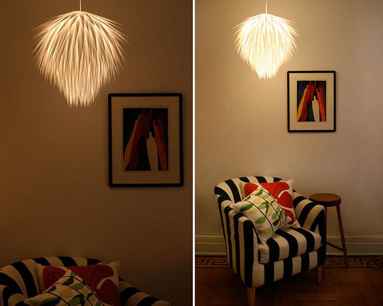 Lampadario Fai Da Te creato con strisce di plastica