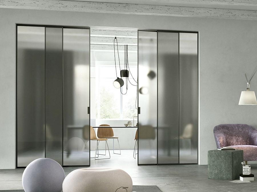 Modello di parete divisoria scorrevole in vetro per abitazioni n.11