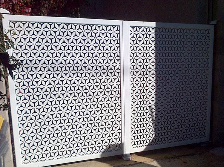 Recinzione metallica decorativa dal design innovativo n.08