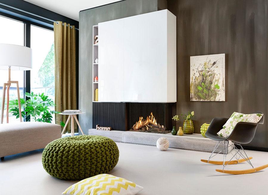 Idee per arredare un salotto con camino dal design moderno n.10