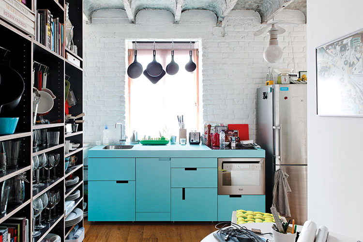 Idee su come arredare una piccola cucina n.08