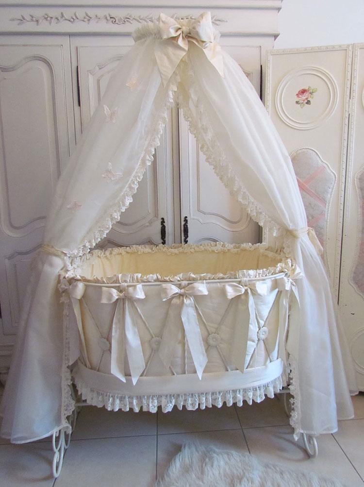 Modello di cameretta per neonati in stile shabby chic n.20