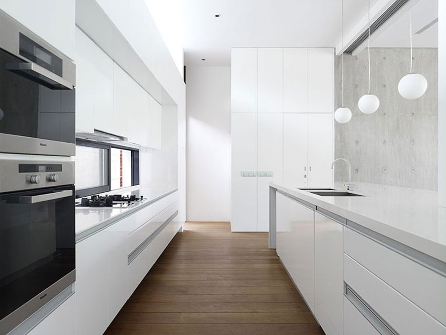 Modello di cucina bianca moderna lineare n.02