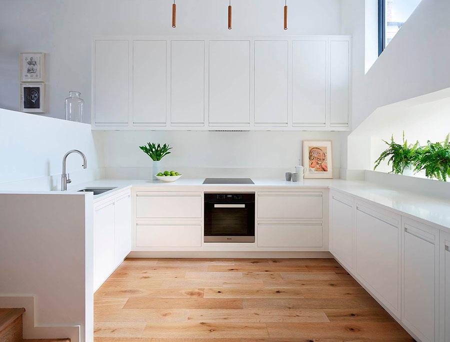 Modello di cucina bianca moderna ad U n.01