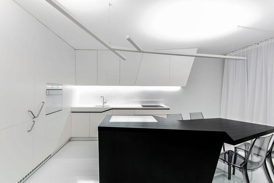 Modello di cucina bianca e nera di design n.11