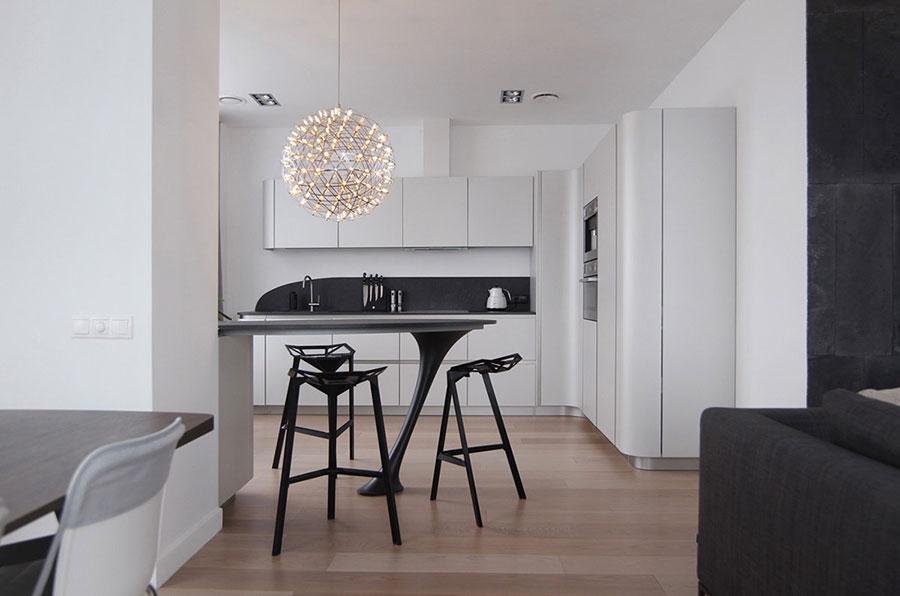 Modello di cucina bianca e nera di design n.12